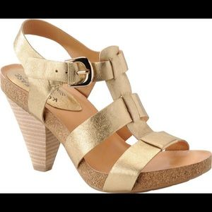 Korkease elinor t strap stacked heel sandal gold 9